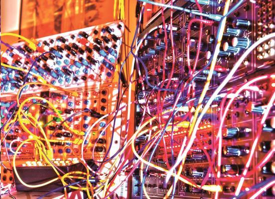 Elektronische muziek middels modulaire analoge systemen